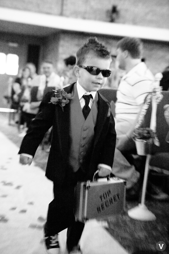 wedding photos valo photography ring bearers