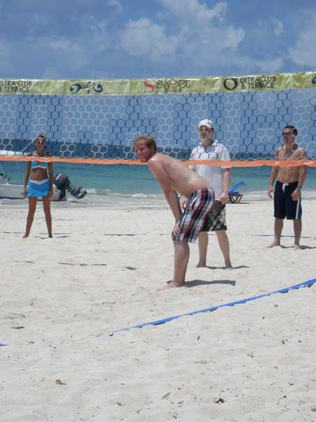 honeymoon beach volleyball