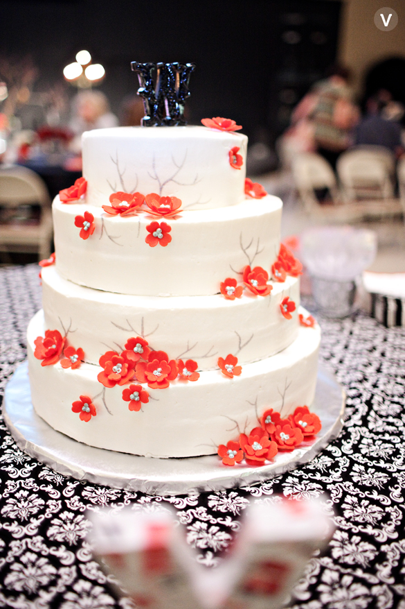 wedding photos valo photography cake